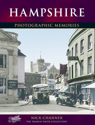 Cover image of Hampshire Photographic Memories