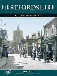 Cover image of Hertfordshire Living Memories