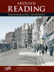 Cover image of Reading Photographic Memories