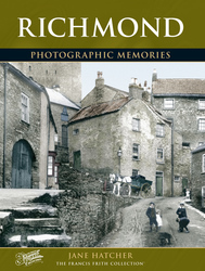 Cover image of Richmond Photographic Memories