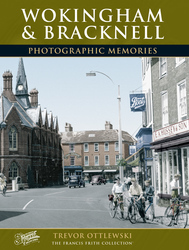 Cover image of Wokingham and Bracknell Photographic Memories